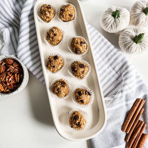 EASY Pumpkin Pie Energy Bites (GLuten-Free & Vegan)